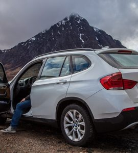 Does a BMW x1 have a catalytic converter?