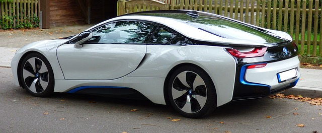 Can A BMW i8 Run Only Gas Only?